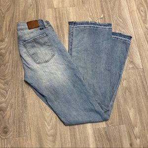 Lucky Brand Brooke Flare Mid Rise Jeans w/ Raw Hem